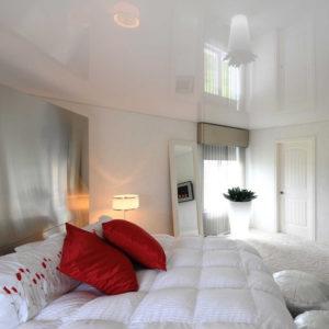 натяжные потолки в спальню сергиев посад